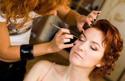 Обучение макияжу для себя провожу.