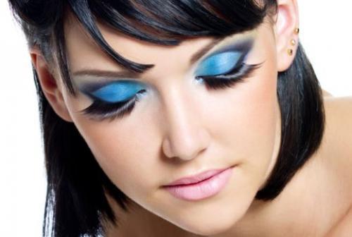 Макияж в ретро стиле маленькие глаза. Ретро макияж: какой вам поджойдет?