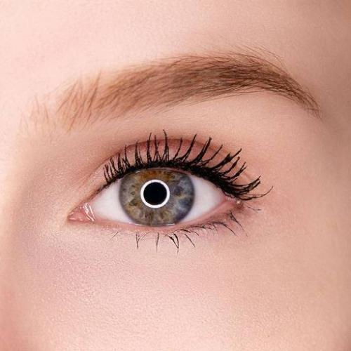 Секреты в макияже от известных визажистов. 9 приемов, способных преобразить макияж