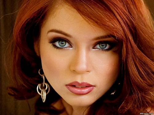 Макияж для зеленых глаз и рыжих волос. Макияж для рыжих с серыми глазами: как его сделать красиво
