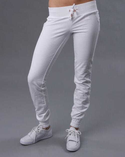 Как растянуть трикотажные штаны. Как растянуть штаны