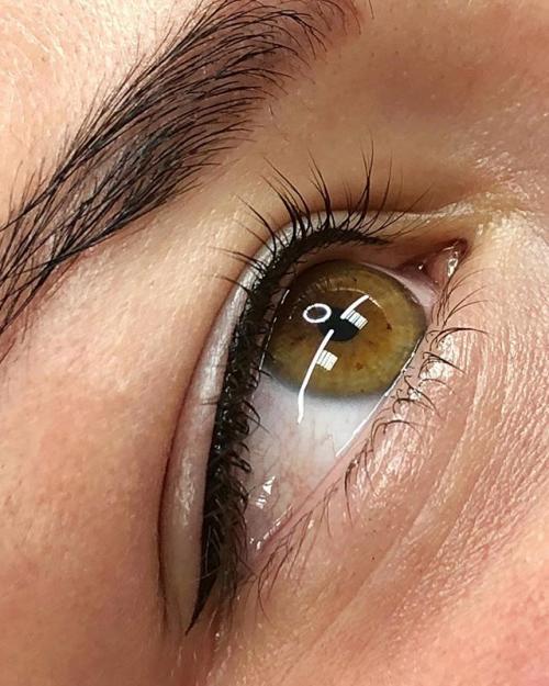 Татуаж глаз больно ли. Больно ли делать татуаж век — Как уменьшить болевые ощущения