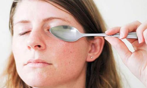 Убрать круги под глазами в домашних условиях. Как убрать круги под глазами