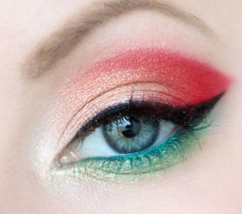 Макияж на серые глаза. Вечерний макияж для серых глаз