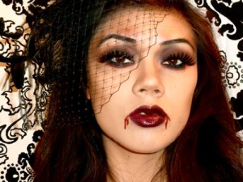 Гримм вампира на Хэллоуин. Грим вампира на Хэллоуин