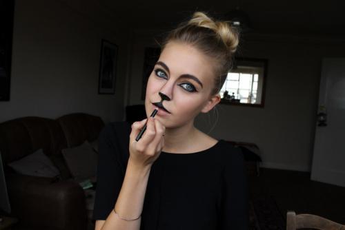 Грим кота для мальчика. Кошачий макияж: как нарисовать