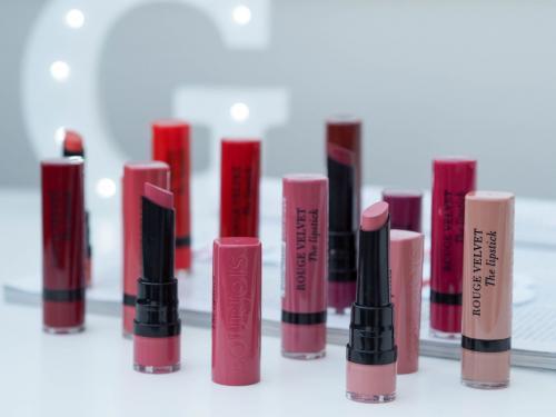 Bourjois Rouge Velvet Lipstic.  Bourjois Rouge Velvet Matte Lipstick Collection