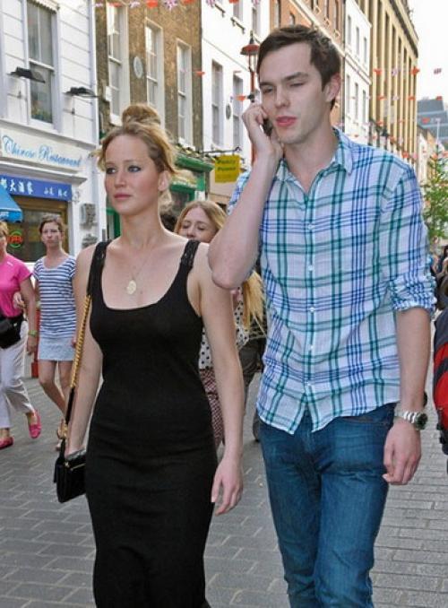 Дженнифер Лоуренс муж. Почему не складывалась личная жизнь актрисы