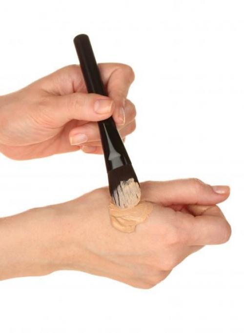 Какой цвет тонального крема подходит для светлой кожи. Как подобрать цвет тонального крема?