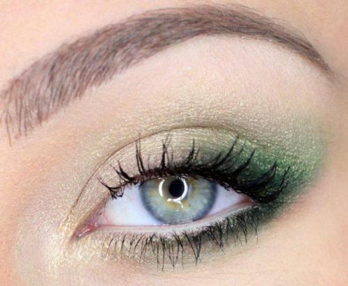 Макияж для зеленых глаз и темных волос. Особенности зеленых глаз и выбора мейкапа
