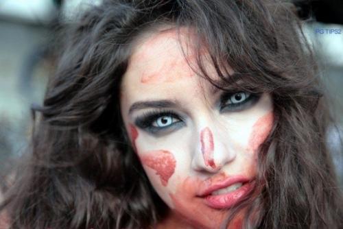 Рисунок на лице зомби. Макияж зомби на Хэллоуин, осваиваем zombie makeup
