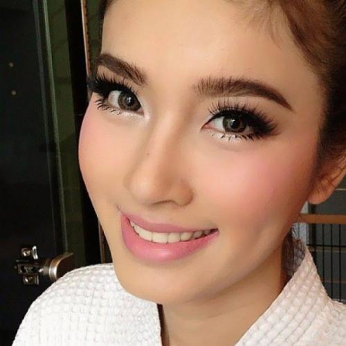 Макияж для азиатских глаз. Как выбрать косметику