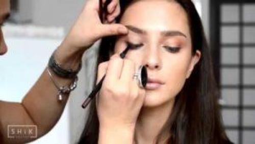Уроки для початківців макіяжу. Уроки макияжа для начинающих пошагово + видео
