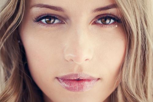 Естественный макияж для карих глаз. Красивая естественность