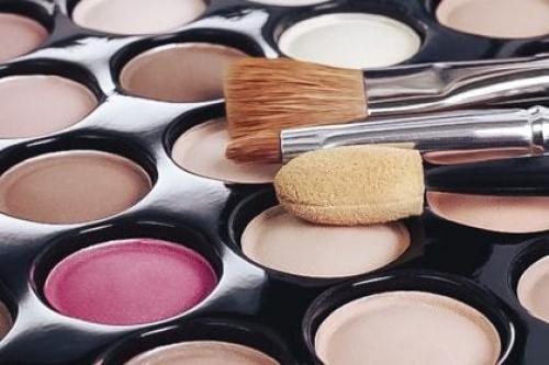 Дневной макияж для начинающих пошагово. Дневной макияж пошагово