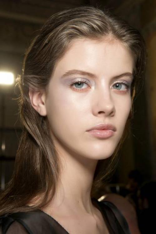 Как правильно сделать легкий макияж. Правильный дневной макияж глаз