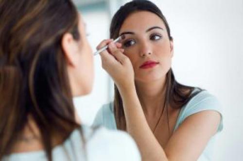 Как самой сделать свадебный макияж пошагово. Можно ли сделать себе самостоятельно макияж на свадьбу
