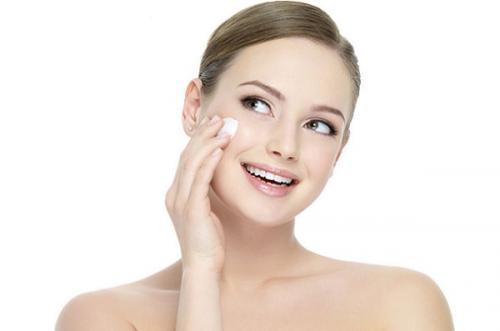Легкий макияж, как делать. Какая косметика необходима для легкого макияжа