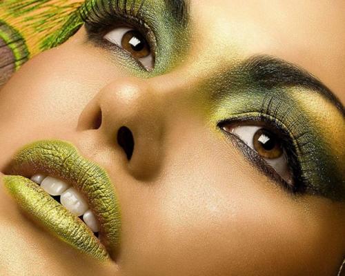Как подобрать макияж под цвет глаз