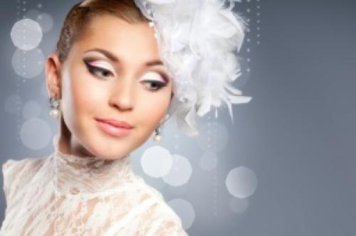 Как себе самой сделать свадебный макияж. Что потребуется?