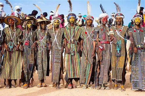 Водабе. Конкурс красоты женихов племени водабе.
