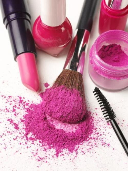 Очередность нанесения макияжа. В какой последовательности наносить макияж?