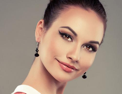 Стрелки макияж. Как сделать красивый макияж со стрелками