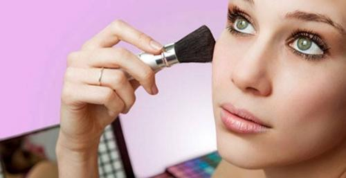 Как правильно красить лицо схема. Как научиться правильно делать макияж поэтапно