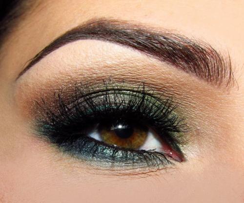 Красивый макияж поэтапно для зеленых глаз. Вечерний