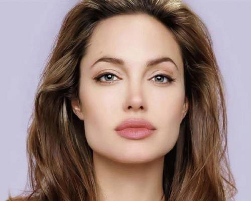 Женские короткие стрижки для широкого лица. Прически для длинных волос 05