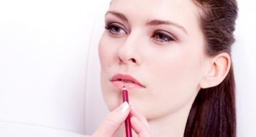 Как поэтапно наносить макияж. Ша.  Скулы и губы