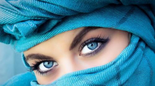 Макияж для голубых глаз простой. Макияж для голубых глаз