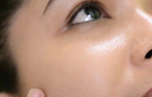 Как правильно краситься лицо. Как правильно наносить макияж с пошаговыми фото и видео
