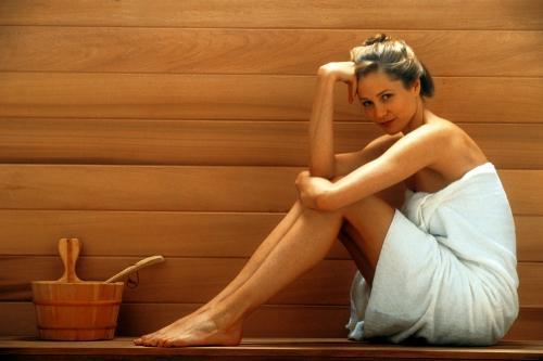 Можно ли с нарощенными ресницами купаться в бане. Не вредно ли посещать баню с нарощенными ресницами?