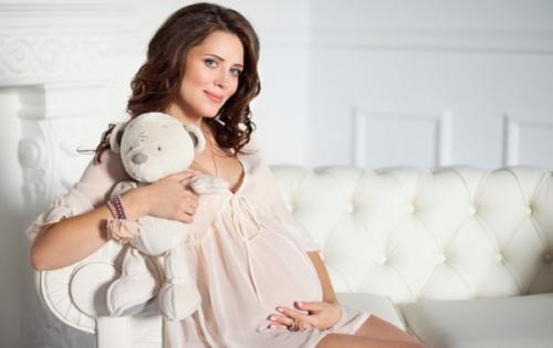 Пудровое напыление бровей при беременности. Аргументы «за»