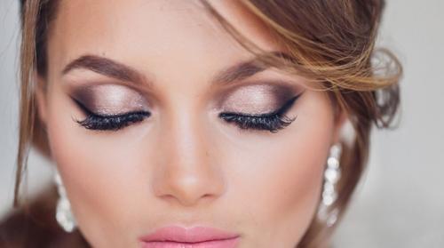 Лисий разрез глаз макияж. Макияж по форме глаз