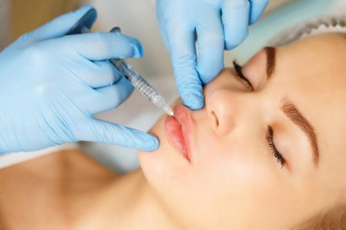 Больно ли губы делать. Разнообразие процедур по увеличению губ
