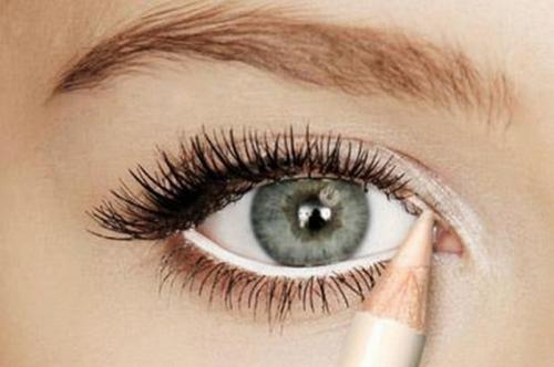 Лайфхаки, как сделать косметику. ТОП 10 лайфхаков для макияжа глаз: убийственный взгляд