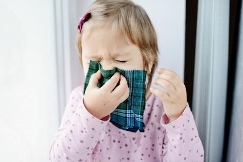 Что следует сделать ДЛЯ профилактики коронавируса у детей? Симптомы коронавируса у детей