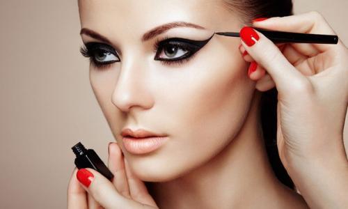 Зачем нужен профессиональный макияж для фотосессии