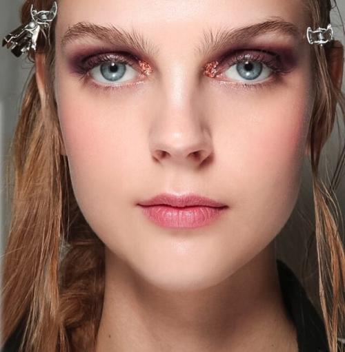 Макияж для зеленых глаз - фото и видео. Как сделать макияж 36