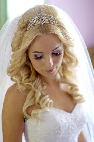 свадебный макияж яркая помада