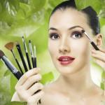 Скирующий крем используют на проблемных участках кожи (красные точки, мешки либо темные круги под глазами, разного рода пятнышки.