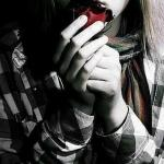 Любовь не знает границ. Я Мила мне 17 лет. Челкастая (черные волосы.