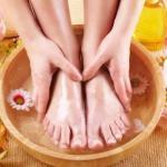 Солевая ванночка для ног.