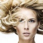 Избегайте химического окрашивания волос летом.