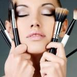 5 трюков визажистов при нанесении макияжа (сохрани себе, чтобы не потерять).
