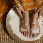Скраб для ног с солью.